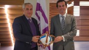 Horseball - FEI President Ingmar De Vos (left) receives horseball from FIHB President Frederico Cannas (right) to commemorate the signing of the MOU at FEI Headquarters in Lausanne (SUI) today. (FEI)