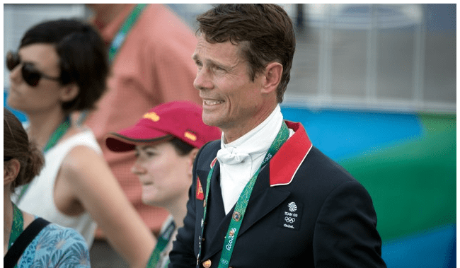 Rio 2016: Inspiring Fox-Pitt leads dressage