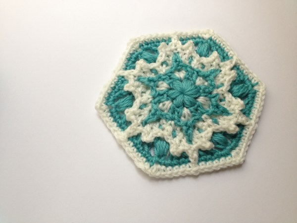 crochet hexagon snowflake