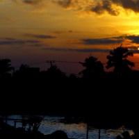Pantai Merpati Bulukumba : Ketika Matahari Terbenam