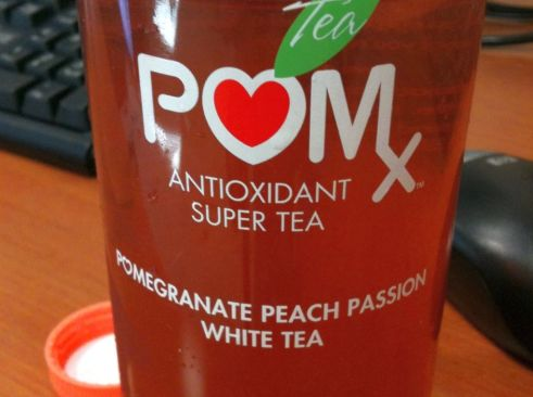 Bottle of antixoidant tea