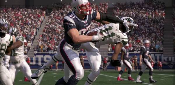 Madden 17 Cover Athlete Revealed + First Look