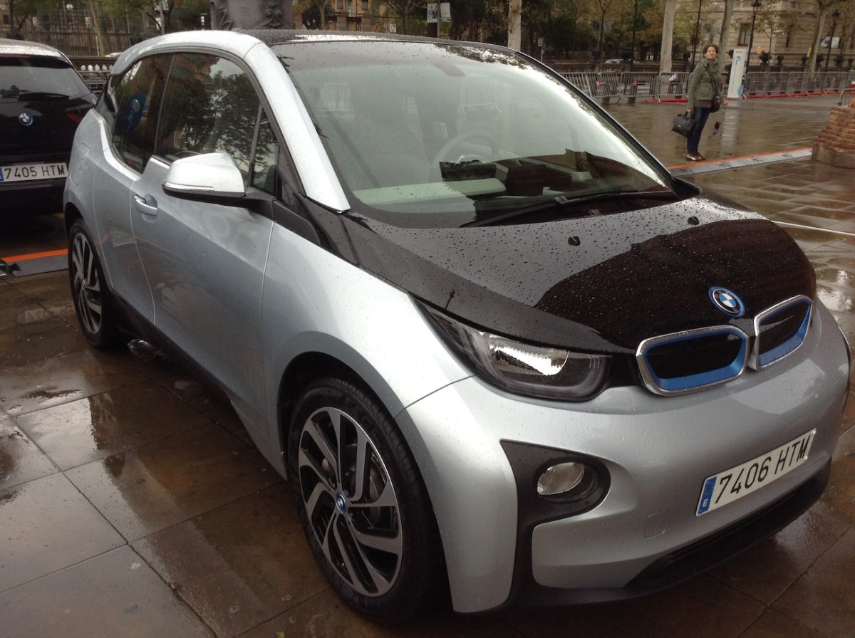 BMW i3 vs. Mercedes B-Class Electric: Who Wins?