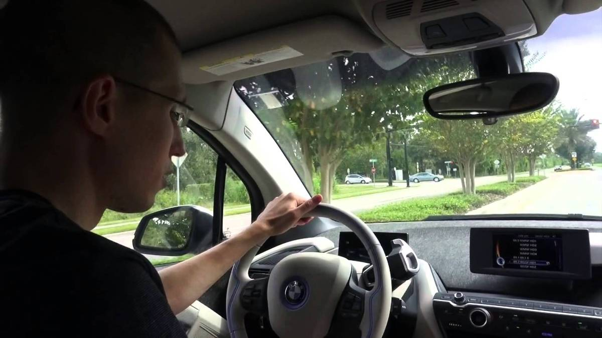 BMW i3 vs My Nissan LEAF (Test Drive Review)