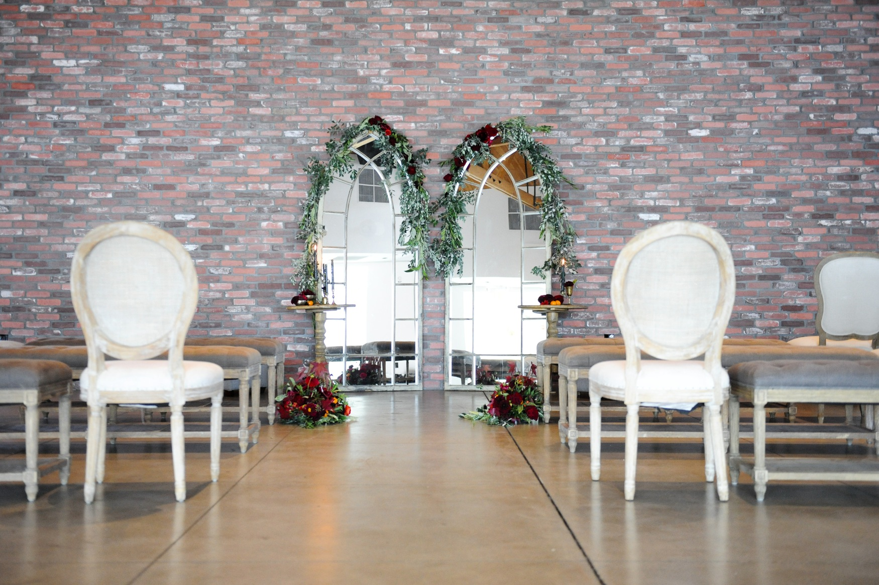 Perky Event Venue Aneheim Colony House Has Factor Venuelust Colony House Furniture Lynden Colony House Furniture Store Chambersburg Pa Colony House Wedding houzz 01 Colony House Furniture