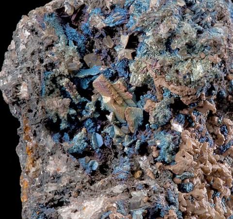Tucson2012-66EmbolitePropriatoryMineAustralia10cmB.jpg (311056 bytes)