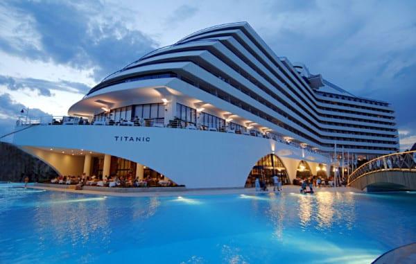 titanic-beach-lara -006