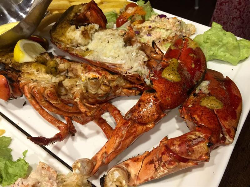 Grilled American Lobster (RM 98.00 / RM 195.00)