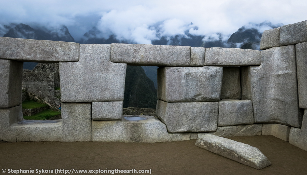 Granite Stone Machu Picchu : The rocks of machu picchu and other inca sites to see in