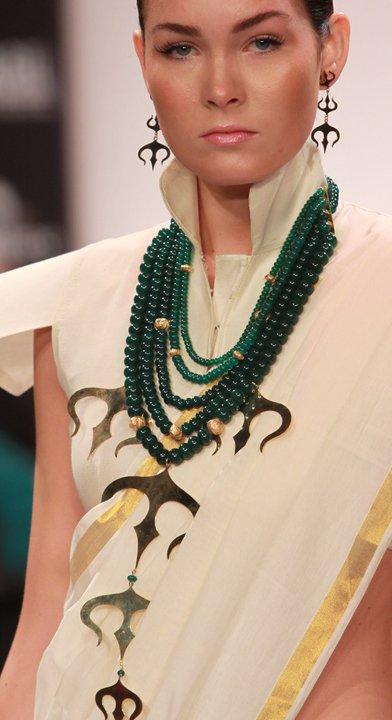 Breathing Space by Eina Ahluwalia Green Beads on exshoesme.com