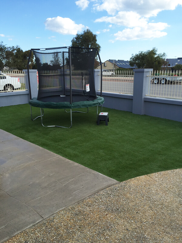 Ezi-Synthetic-Turf-ideal-for-kids_Perth_0112