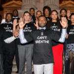 "Cast of ""Selma"" Wears ""I Can't breathe"" T-Shirt to Movie's Premier"