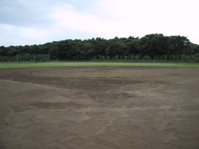 女坂野球場