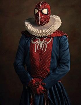 Portrett av en maskert mann med en edderkopp brodert på brystet