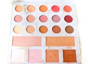 A picture of the Carli Bybel Palette