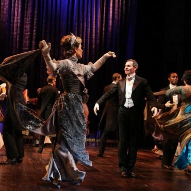 My Fair Lady - Guthrie Theatre - The Company - Photo: Joan Marcus