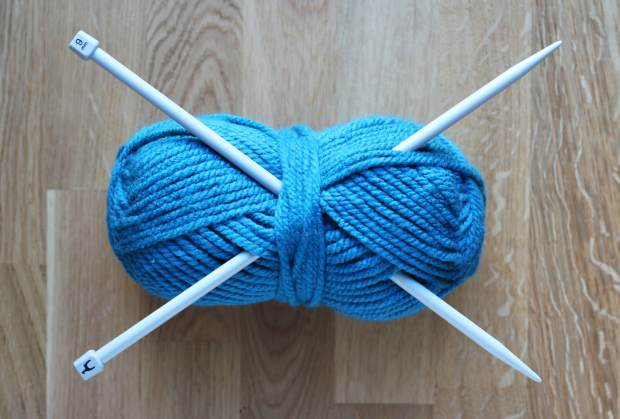 Snood Knitting Pattern Double Knit : chunky fabrefaction