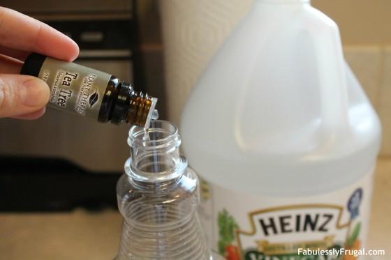 DIY Daily Shower Spray Add Oil