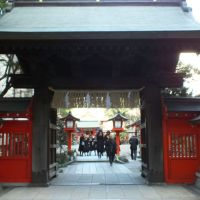 《学業成就》福岡市の中心、天神の「水鏡天満宮」は学問の神さま。