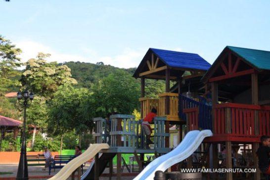 El renovado parque de San Juan del Sur es perfecto para los niños