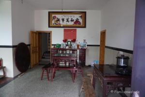 Zwischen Kälteschock und Schildkröten-Massaker - unsere ersten Tage in China - Eingangsbereich unserer Pension