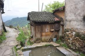 Zwischen Kälteschock und Schildkröten-Massaker - unsere ersten Tage in China - ein Allzweck-Fischteich im Dorf