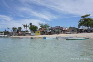 """Die Philippinen - abenteuerliche Trauminseln, ein Müllschock und die besten Pfannkuchen der Welt - der """"Hafen"""" von Malapascua"""