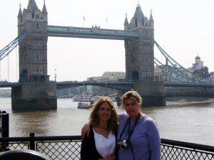 Tower Bridge, England.