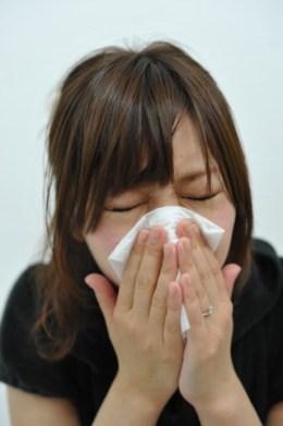 花粉症、女性