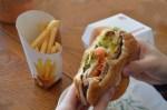 ハンバーガーの上手な食べ方(こぼれない食べ方)、すイエんサーより