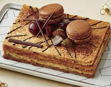 セブンイレブンのクリスマスケーキ2016「発酵バターの贅沢ミルフィーユケーキ」
