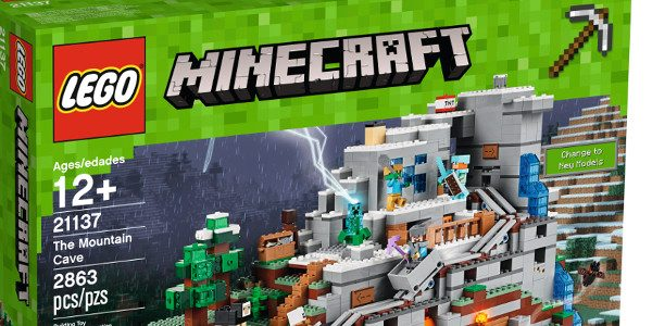 Minecraft and LEGO sets bar high with new set