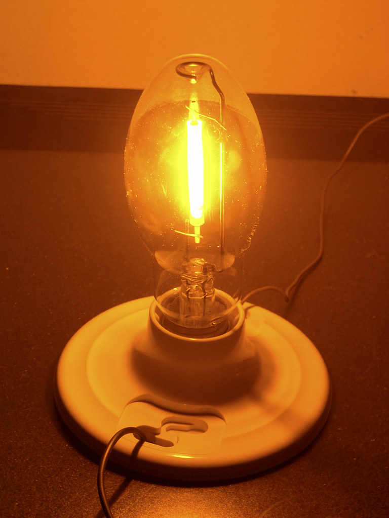 Large Of Sodium Vapor Light