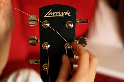 restringing guitar - 06
