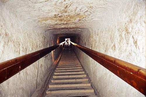 inside the pyramid, egypt by _QuiDam EsPELeTia__.