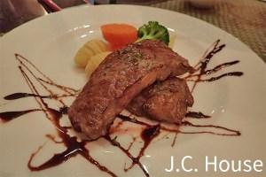 台北食記|J.C. House;牛排和醬汁搭配了得!(芝山捷運站旁)