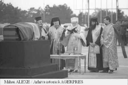 25 de ani de la reînhumarea rămășițelor diplomatului român Nicolae Titulescu