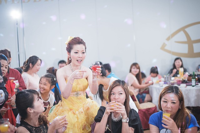 peach-wedding-20150510-453