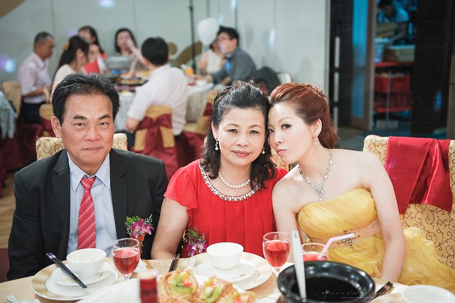 peach-wedding-20150510-501