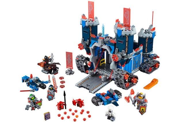 LEGO Nexo Knights Fortrex (70317)