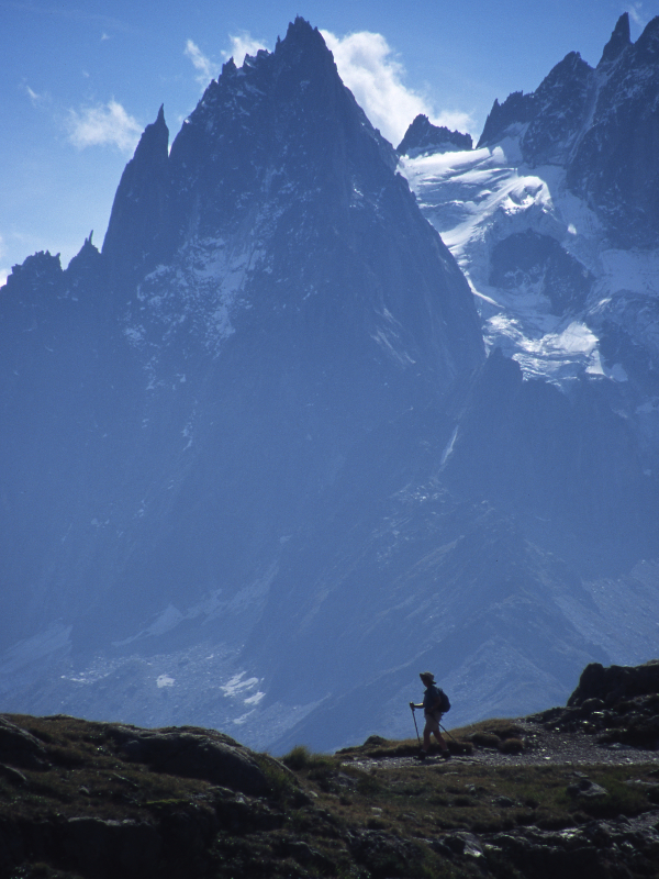 Hiking along the French Alps (photo credit: On Foot Holidays).