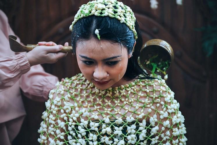 Gofotovideo Siraman Adat Jawa Indah 016