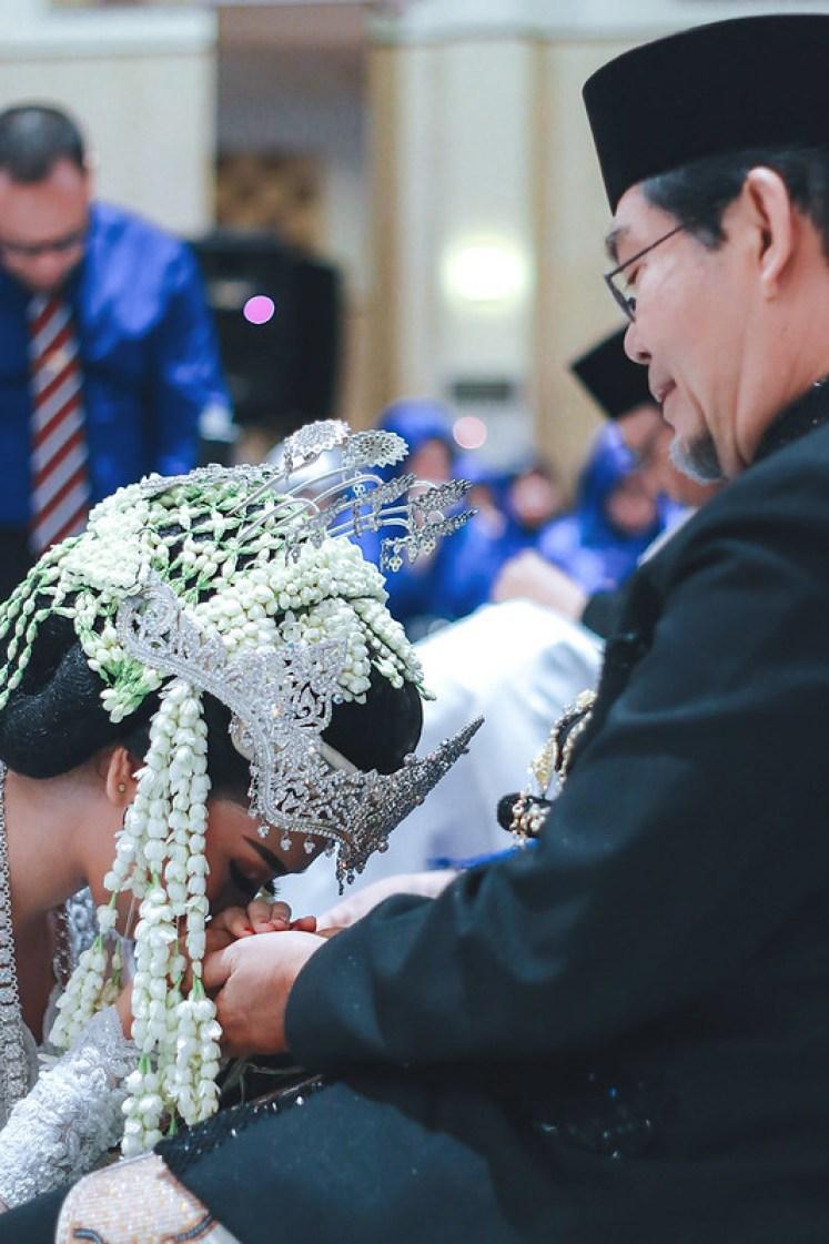gofotovideo wedding at universitas esa unggul 010