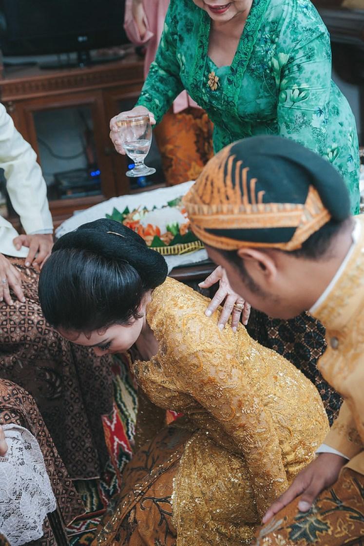 Gofotovideo Siraman Adat Jawa Indah 044