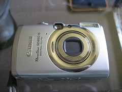 canon sd850is first pix (2) - front view