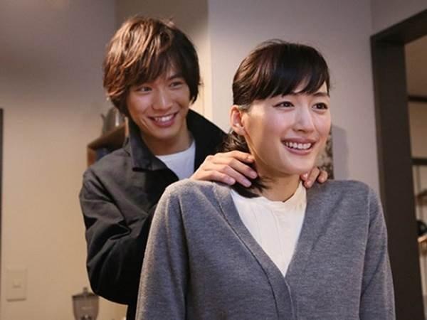 【電視館精選】綾瀨遙與帥氣男孩秘密戀愛 Ella當檳榔西施迷上變裝