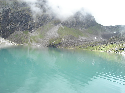 Lokpal Lake , Hemkund Lake