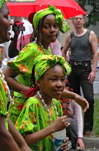 Girls from an african group during the carnival of cultures