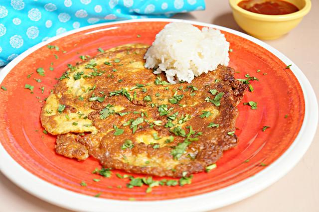 Khai-Jiao Niaow - Thai Fried Omelette - The Schizo Chef