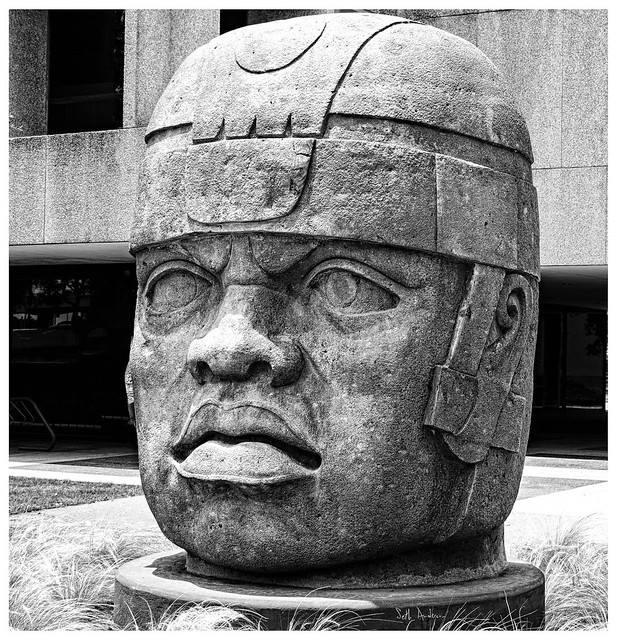 El Ray - Giant Olmec Head